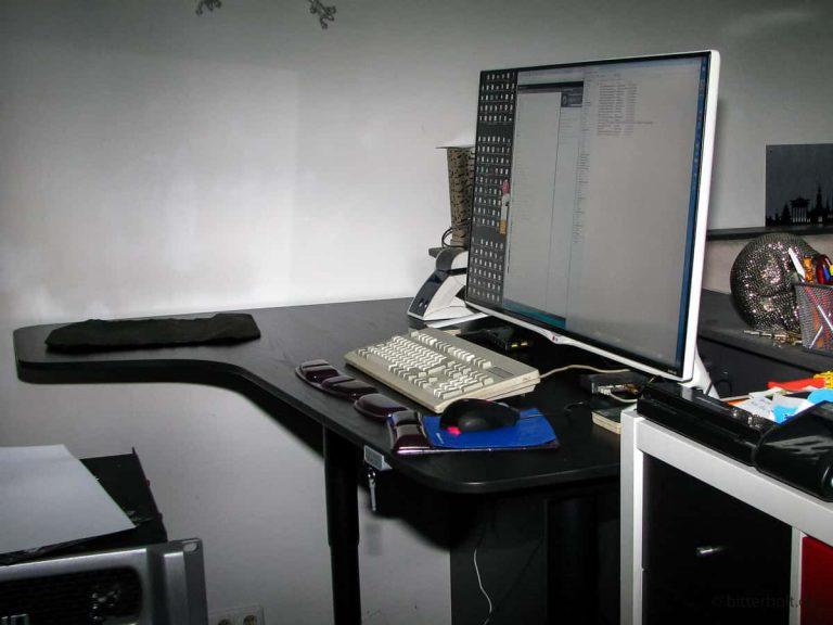 Projekt: Höhenverstellbarer Schreibtisch